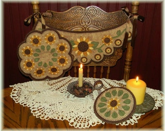 Prim Sunflowers~Chair Swag~Penny Rug~Candle Mat~Mini Mat/Mug Rug MAILED PAPER Pattern