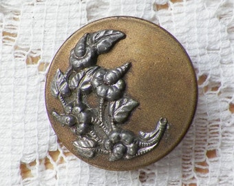 Ornate Vintage Brass Button with Raised Steel / Silver Tone Flowers / Floral / Flower Laceleaf, Anthurium, Tailflower, Flamingo Flower 24mm