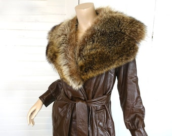 Luxurious Leather & Fur Coat- 1970s Long Trench- 70s Disco- Chocolate Brown- Medium