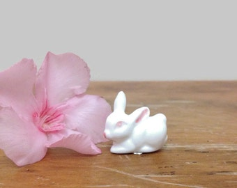 Vintage Miniature Bunny Rabbit - Bug House Ceramic Animal - White