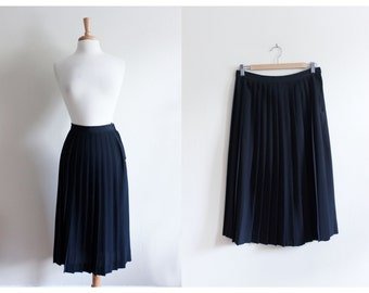 Vintage 1970s Campus Casuals Black Knife Pleat Midi Skirt