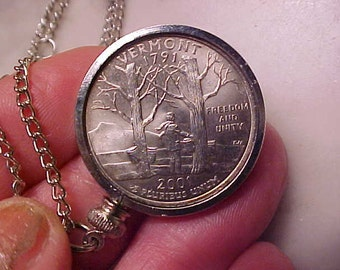 VERMONT Real Quarter In Frame and on Chain/Jewelry Great Gift