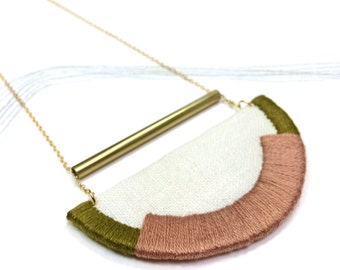 CRAVEN - Linen, Thread and Gold Necklace - Rose and Olive