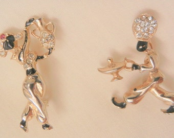 Adorable genie's with lamp genie bottle couple rhinestone scatter Pins Brooches