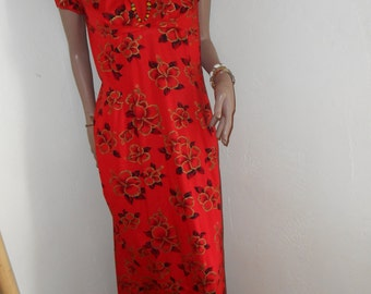 Red w/Gold Floral 60s Cotton Hawaiian Maxidress - Size M