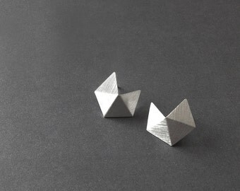 Sterling Silver Stud Earrings, Small Geometric Silver Earrings, Silver Minimalist Earrings, Small Pentagon Stud