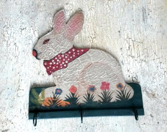 Vintage Wood Rabbit Hook - Primitive Bunny Triple Coat Hook  - Nursery Children's Room Decoration - Rabbit Row of Hooks