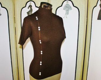 Vintage 1960's Ribbed Button Tee in Chocolate Brown. Small.