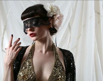 Black lace mask - Masquerade veil - Venetian lace veil - Party mask - Mardi Gras costume -Circus costume.