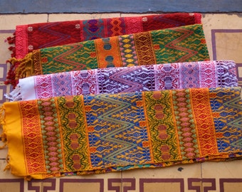Handwoven Guatemalan fabric by the yard - 92 cm or 36 inches wide - 100% cotton handmade in Guatemala - Trama Textiles