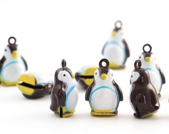 6 Waddling Penguin Bells 23mm - Jump Rings Included