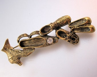 Antique Shoe Boot Bar Pin Brooch Vintage Style Costume Jewelry Jewellery