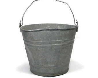 Galvanized Farm Bucket Rustic Picking Pail