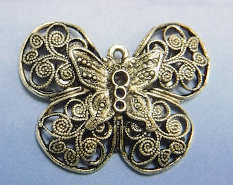 2 pcs Victorian Butterfly Charm Casting antique silver brass stampings