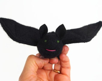bat puppet, waldorf bat, toy bat, waldorf toy, stuffed animal, stuffed toy, childs toy, halloween toy