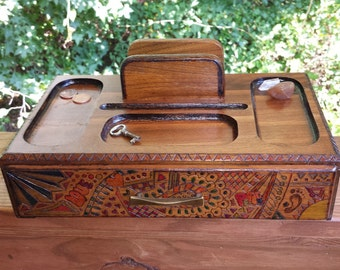 Custom Wooden Dresser Valet / Woodburned Dresser Caddy / Custom Jewelry Box / Mens Jewelry Box / Gentleman's Dresser Valet