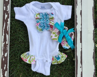 Ruffle leg onesie/Baby Girl/Coming home outfit