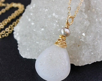 ON SALE Gold Grey Druzy Necklace - Druzy Pendant - Freshwater Pearls