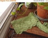 SALE SALE SALE Vintage Lace Wide Trim Wedding Sewing Supplies Green