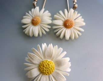 Carved Austrian Daisy Earrings Brooch