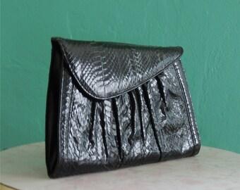 vintage 80's black J Renee snakeskin clutch handbag // snake clutch bag