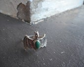 Little Vlad. Vintage sterling silver Bat ring with Malachite stone. Size 6.5
