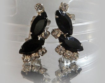 FALL SALE Vintage Rhinestone Earrings. Clear Black Rhinestones. Showstoppers. Prom Earrings.