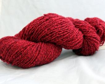 Reclaimed Yarn, Marled Red Lambswool Yarn, Worsted Weight Yarn - 297 Yards