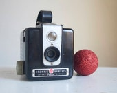 Working Vintage Camera, Brownie Hawkeye Flash,  Gift for Photographer, Ready to Ship, Photography Prop, Studio Decor