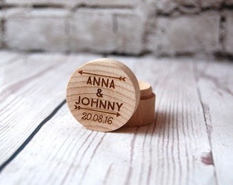 Personalised Wooden Ring Box - Custom made with the initials of your choice - Arrow design - Names and date