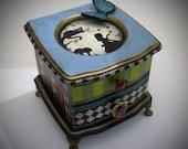 OOAK Alice In Wonderland Themed Jewelry / Keepsake Box  - A Creepy Creations Original