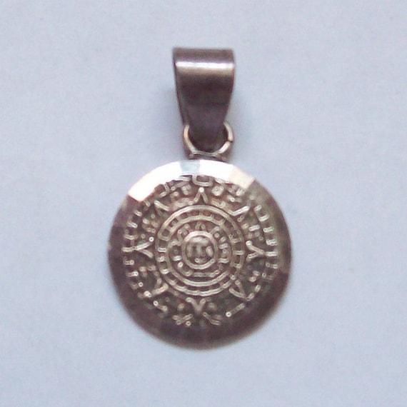 Mexican Sterling Silver Pendant Aztec Sun Stone