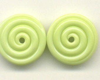 18.00mm, Tom's lampwork key lime 2 disc spacers/ drops, 1 pair 96432