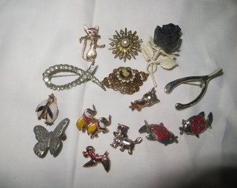 vintage lot of 16 pieces   pins and brooches