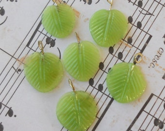 N703 Vintage Leaf Drops Dangles Leaves Glass Czech Pressed Transparent Green NOS Pendant Charms