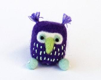 Needle felted owl, felt miniature bird brooch - purple, ice blue bird. Felt animal pin, woodland gift