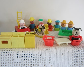 Vintage Fisher Price Little People Lot of 22 People & Accessories