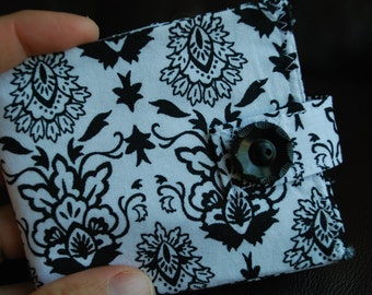 Slim billfold wallet - black and white foral medallion - coin pocket - FREE SHIPPING