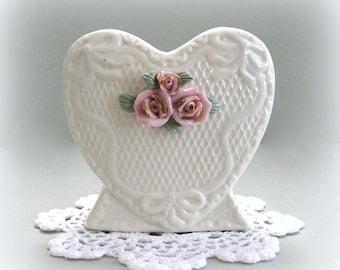 Shabby Chic Vase Flower Vase Floral Vase Pink Rose Vase Heart Vase White Ceramic Vase White Vase Small Vase Cottage Chic Vase Pedestal Vase