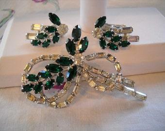 Vintage Hobe' Pin & Earrings Set Demi Green Crystal Rhinestones FREE SHIPPING