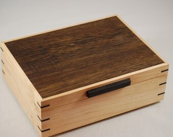 Handcrafted Wenge & Quilted Maple Watch box - Holds 6 Watches
