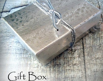Gift Box, Medium Size, Add a Gift Box To Your Jewelry Purchase