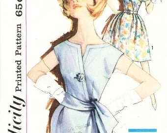 Misses' One-Piece Dress in Two Skirt Variations - SZ 14/Bust 34 - Vintage 60s Dress Pattern Simplicity 3993