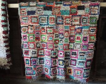 BOHO Chic Rug Vintage Moroccan Boucherouite in Multi Colors with Square Patterns (Los Angeles)