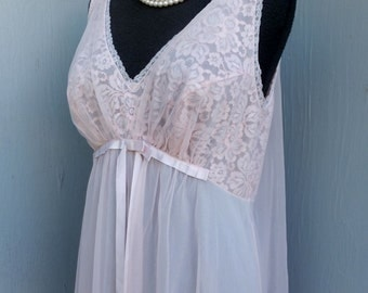 Vintage 60s/70s Vanity Fair Nightgown, Lace Bodice, Empire, Flowing Chiffon, Chic Pink Romantic Nightgown
