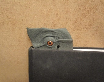 Grichels leather bookmark - green with copper star eye