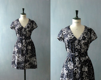 Vintage shirtwaist cotton dress. black dress. 1980s does 50s dress