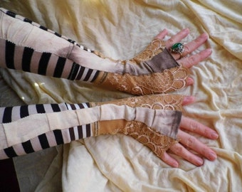 Gloves, fingerless gloves, steampunk, apocalypse, steampunk gloves, tatter punk, striped gloves, victorian, lace, tim burton, fusion,women