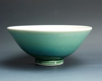 Handmade pottery bowl jade green porcelain serving or pottery salad bowl 1 qt, - 3362