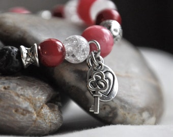 Essential Oil Diffuser Bracelet, Valentine's Day 'key to my heart' Diffusing Lava Bead Stretch Bracelet